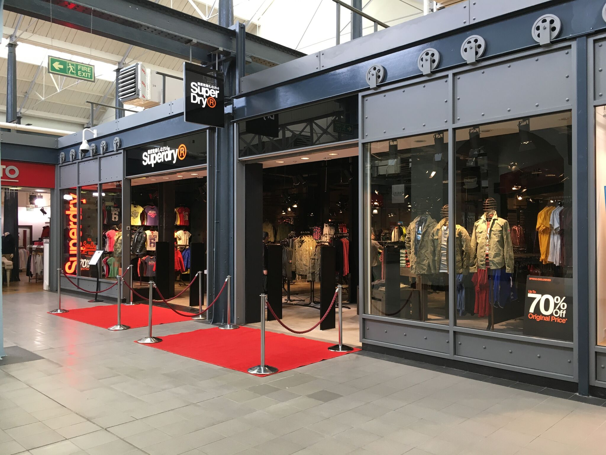 Superdry Swindon Outlet Village Contrada Group